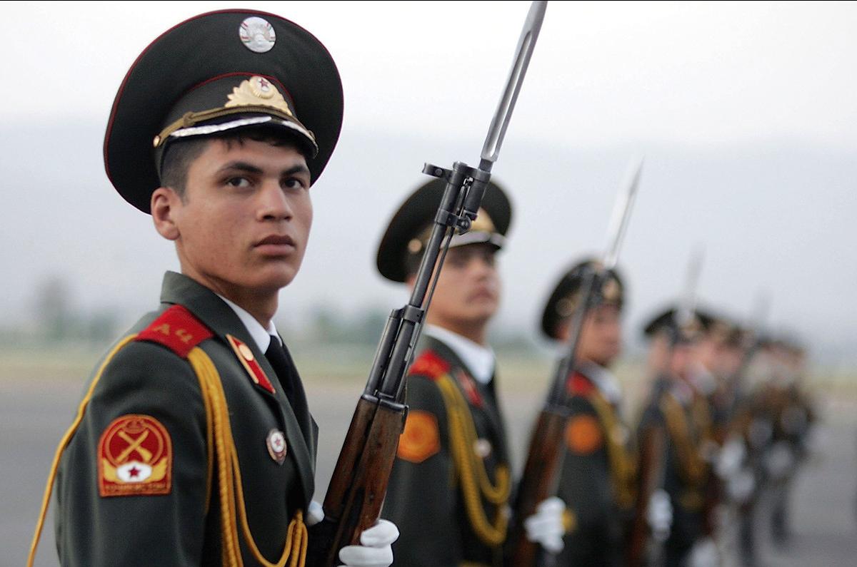 В Таджикистане идет призывная кампания