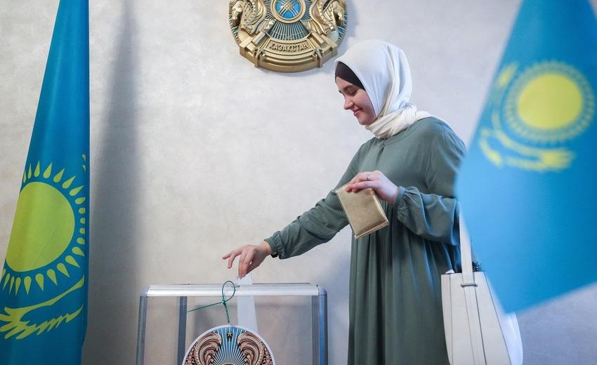 Казахстанская избирательница