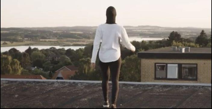 Кадр из ролика