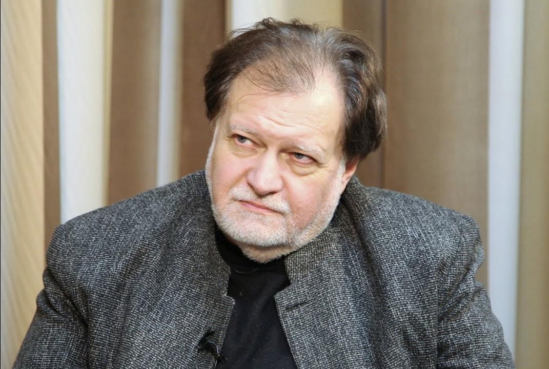 Ефим Резван