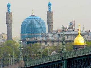 Имам петербургской Соборной мечети угрожает мусульманам