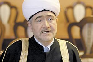 Равиль Гайнутдин  заявляет, что построит 11 мечетей в Москве (май 2005 года)