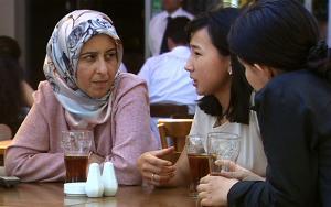 В публичной  библиотеке Амстердама изменили дресс-код в пользу хиджаба
