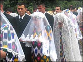 В Таджикистане вводят новые правила для проведения торжеств
