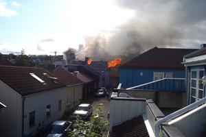 Воинствующие норвежские исламофобы поджигают дома