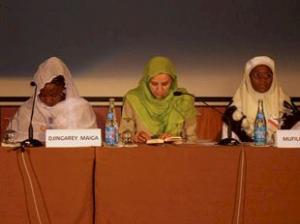 Делегация арабских женщин находится с визитом в Германии