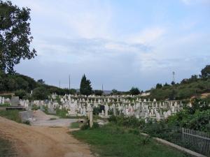 Итальянские сельчане боятся мусульманских кладбищ