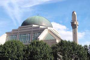 В Амстердаме не дают достроить мечеть