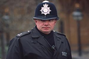 Британские полицейские не извинились перед мусульманами
