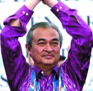 Премьер-министр Малайзии решил жениться