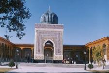 Житель Самарканда пешком обошел святыни мусульманского мира