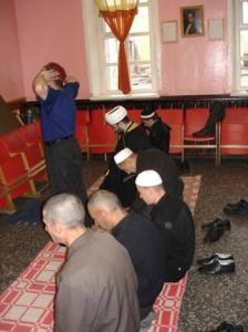 Чеченцы соревнуются в лучшем исполнении азана