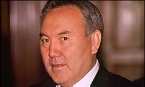 Президент Казахстана заложил первый камень новой Соборной мечети