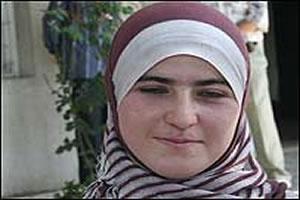 Таджикская студентка борется за право носить хиджаб в ВУЗе