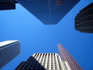Бизнес-центры, расположенные в небоскребах Торонто.