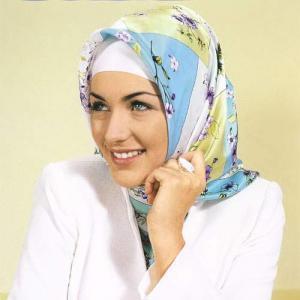 модель, представленная в магазине «Хиджаб»