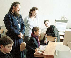 Церковь идет в общеобразовательную школу