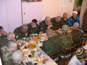Праздник в воинской части прошел по-домашнему.