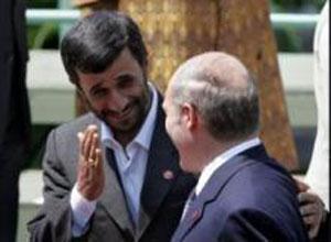 А. Лукашенко поздравил М. Ахмадинежада с 29-летием Исламской революции