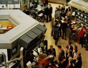В Иране начала работу нефтяная биржа