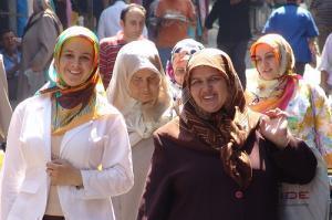 Как один хиджаб всех генералов победил