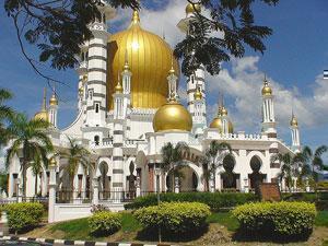 «Парк исламской цивилизации» открыт для всех