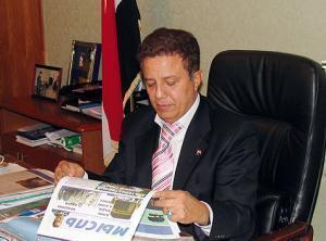 Посол Йемена в России Мохамед Салех Ахмед Аль-Хеляли знакомится с российкими изданиями