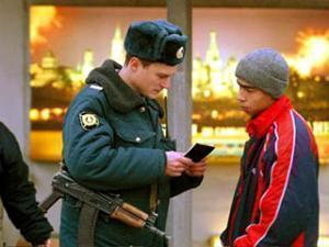 Московская милиция предпринимает профилактические меры по борьбе со скинхедами