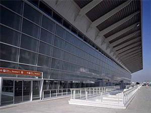 В аэропортах стран Шенгена отменен паспортный контроль