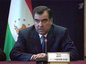 Президент Таджикистана предлагает создать Фонд помощи бедным