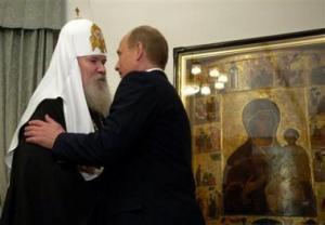 """РПЦ намерена """"воцерковлять"""" власть"""