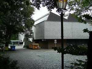 Датская выставка закрывается в Берлине после акции протеста мусульман