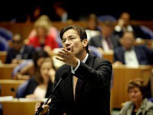 """Гирт Вилдерс предложил министру иностранных дел """"убираться подальше"""""""