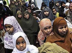 Шведские мусульмане протестуют против закрытия подготовительной школы