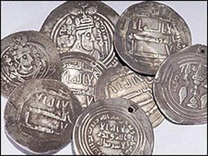 Шведские ученые откопали арабские монеты в могилах викингов