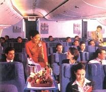 Власти Бахрейна подумывают о запрете алкогольных напитков во время полетов