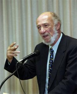 Ричард Фальк