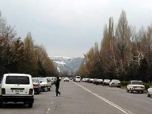 В Киргизии при задержании тяжело ранен офицер российской армии