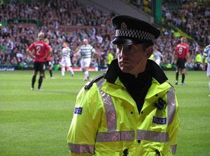 В Британии будут наказывать футбольных фанатов-исламофобов