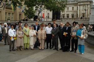 Представители сикхской и мусульманской общин Великобритании