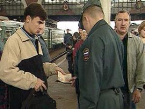 Появление на улице без паспорта будет грозить тюрьмой