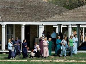Сотни девочек спасены из секты мормонов
