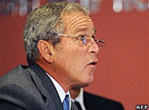 Опрос в США: Буш находится на пике антипопулярности