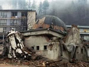 Построенная сербами на месте разрушенной мечети церковь будет перенесена