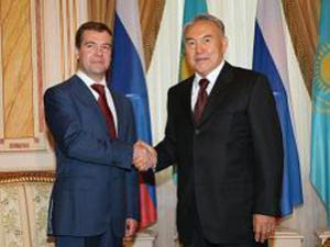 Медведев и Назарбаев будут пресекать разжигание национальной розни