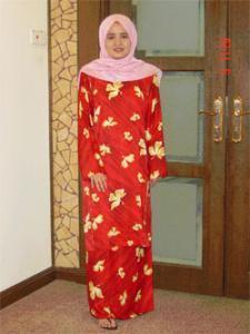 Традиционная малазийская одежда бажу курунг