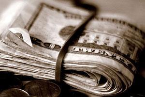 Дирхему вряд ли удастся отвязаться от доллара до конца 2008 года