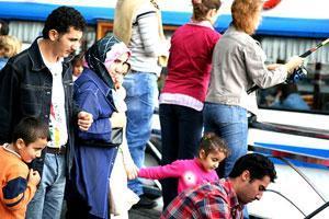 Турки пока не готовы стать многодетными родителями