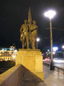 Вновь осквернен памятник советским воинам