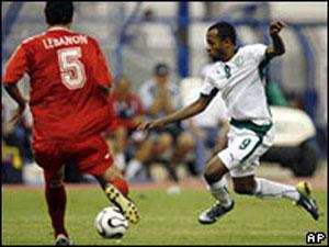 В Саудовской Аравии для ливанской сборной по футболу исполнили сирийский гимн